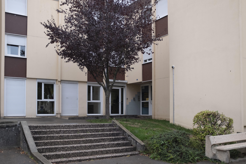 Photo de l'entrée d'un logement social